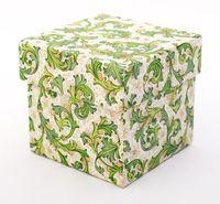 "Подарочная коробка ""Traditional"" (7,5х7,5х7,5 см; зеленые элементы)"