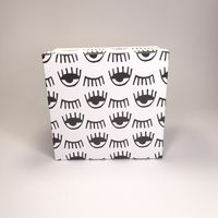 """Подарочная коробка """"Глазки"""" (16х16x7,5 см)"""