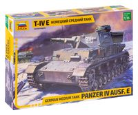 Немецкий средний танк Panzer IV Ausf.E (Т-IV E) (масштаб: 1/35)