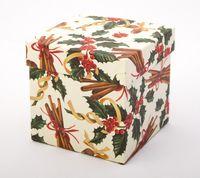 "Подарочная коробка ""Holly and Cinnamon"" (11х11х11 см)"