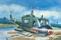 "Вертолет ""UH-1C Gunship"" (масштаб: 1/72)"