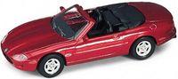 """Модель машины """"Welly. Jaguar XK8 (кабриолет)"""" (масштаб: 1/34-39)"""