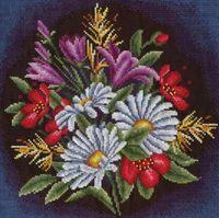 """Вышивка крестом """"Луговые цветы"""" (240х240 мм)"""