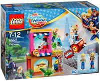 """LEGO DC Super Hero Girls """"Харли Квинн спешит на помощь"""""""