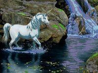 """Вышивка бисером """"Единорог и водопад"""""""