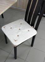 "Подушка на стул ""Незабудка"" (38х38 см; белая)"