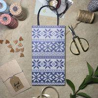 """Пакет бумажный подарочный """"Бело-синий узор"""" (16x29x8 см)"""