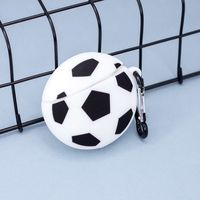 "Чехол для наушников ""Soccer ball"""