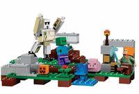 """Конструктор """"Minecraft. Железный голем"""" (220 деталей)"""