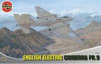 "Фоторазведчик ""English Electric Canberra PR.9"" (масштаб: 1/48)"