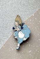 """Брошь """"Алиса в стране чудес"""" (арт. 70-2)"""