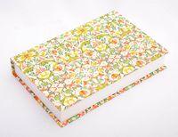 "Подарочная коробка ""Traditional"" (18х23,5х3,5 см; красно-зеленые элементы)"