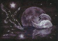 """Вышивка крестом """"Лунный лебедь"""""""