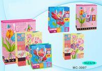"""Пакет бумажный подарочный """"Цветы"""" (в ассортименте; 18x23x10 см; арт. МС-3097)"""