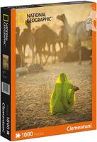 """Пазл """"National Geographic. Индианка, смотрящая на караван верблюдов"""" (1000 элементов)"""