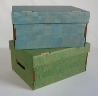 Набор коробок (2 шт.; красная и темно-зеленая)